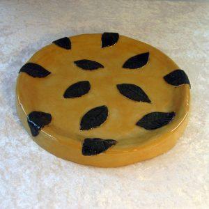 Elevarbejde - gul skål med sort deko