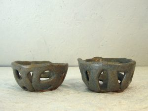 Fyrfadslysestage i keramik